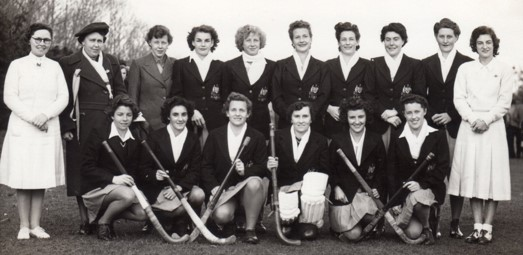 Jean Harrison played hockey for Australia after WW2 forward fourth in from left